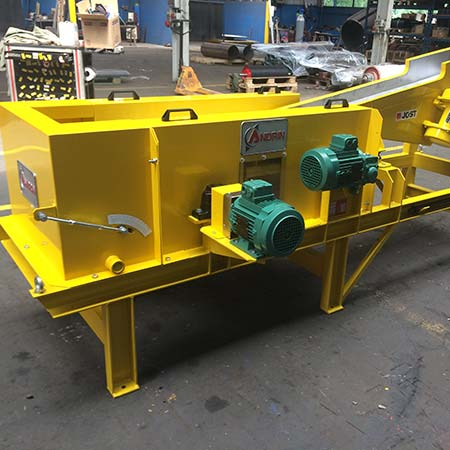 Conventional eddy current separator